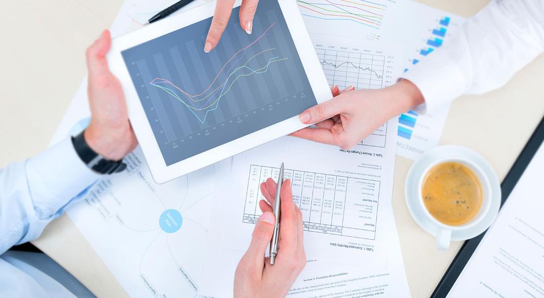Qual o é o papel de um consultor de marketing político digital e a formação deste profissional. Conheça detalhes sobre quais são as funções e atribuições de um consultor de marketing político online e como escolher este profissional.